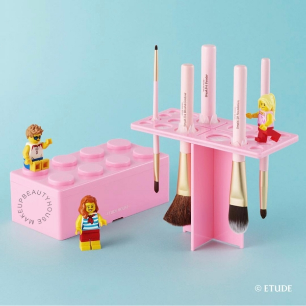 Pink Brick Brush Drying Stand