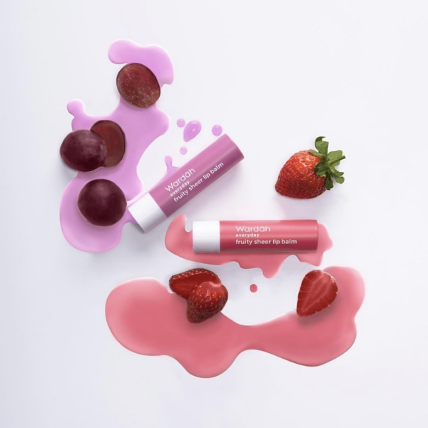 Everyday Fruity Sheer Lip Balm